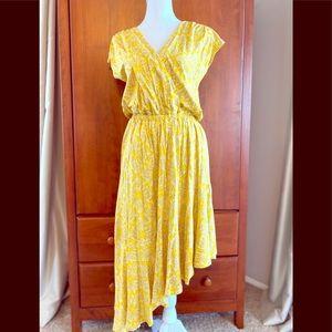 Anthropologie Yellow dress NWT size Medium